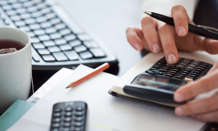 Debt Consolidation Reviews: How You Can Manage Your Debts
